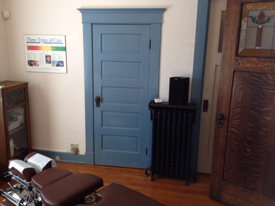 check-up room at noblesville family chiro